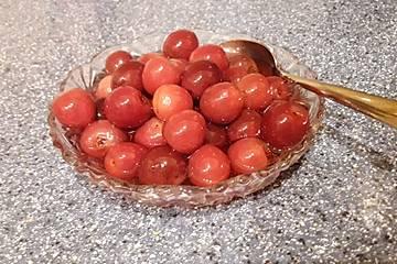 Süßkirschen-Kompott nach Oma Grete