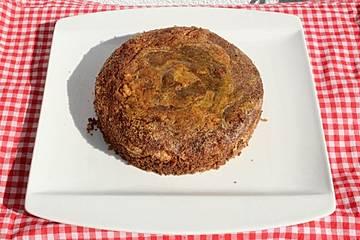 Schoko-Mandel-Kuchen mit Eierlikörglasur