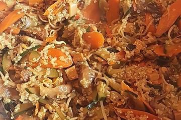 Wok-Gemüse mit Quinoa