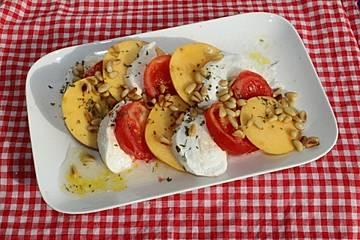 Tomaten-Nektarinen-Carpaccio à la Gabi