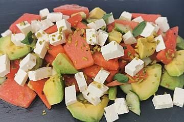 Wassermelonen-Avocado-Salat mit Feta