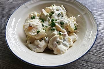Kartoffelsalat mit selbstgemachter Mayonnaise, aber ohne Jedöns