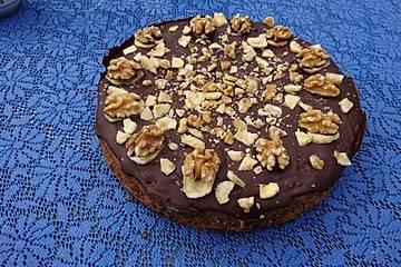 Bananen-Schoko-Kuchen mit Nüssen und Whisky