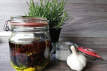 Eingelegte getrocknete Tomaten aus Bella Italia