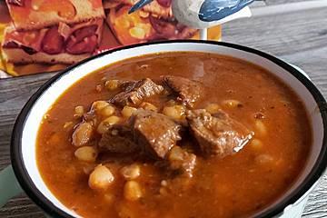 Türkische Weiße-Bohnensuppe mit Fleisch