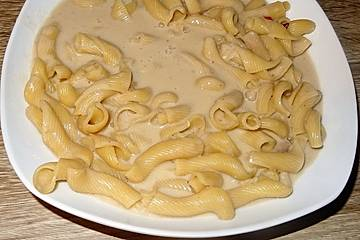 Saucelli-Nudeln in Muschel-Spargel-Sauce gegart à la Didi