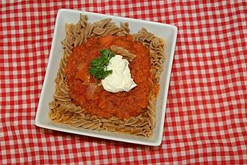 Rigatoni in Karottensoße