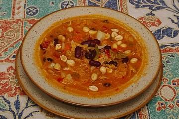 Gambischer Gemüseeintopf mit Erdnüssen