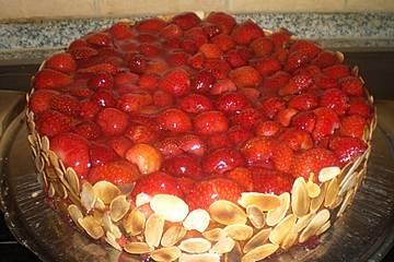 77 kcal Erdbeerkuchen