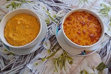 Süßkartoffelpüree mit Käse und Zwiebeln