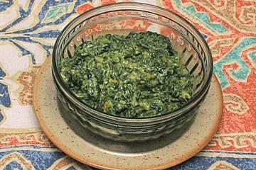 Iranischer Spinat-Joghurt-Dip - Borani Esfenadj