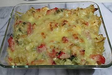 Paprika - Brokkoli - Nudelauflauf