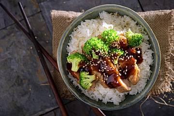 Grillhähnchen mit Teriyaki-Sauce