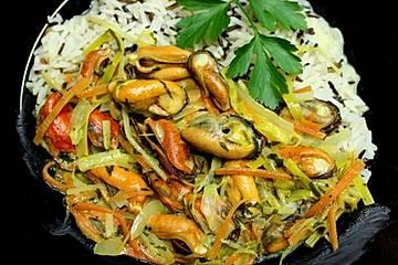 Miesmuscheln in Curryrahm