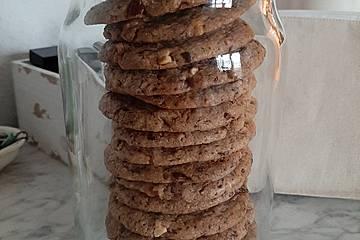 Cookies mit Schokolade und Nüssen
