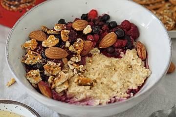 Porridge mit PausenCracker-Topping
