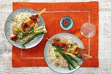 Spicy-Pork-Spieß mit Kokosreis