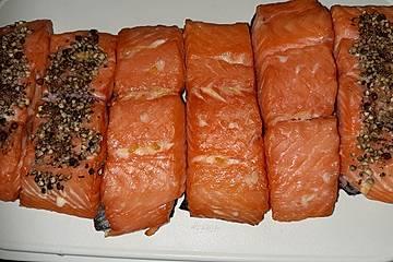 Stremellachs - heiß geräuchert im Grill