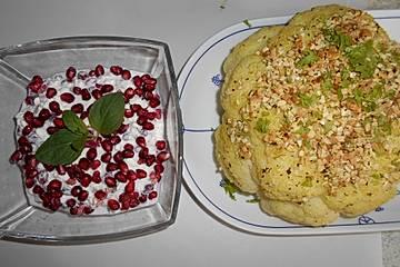 Gerösteter Blumenkohl mit Granatapfelkern-Dip