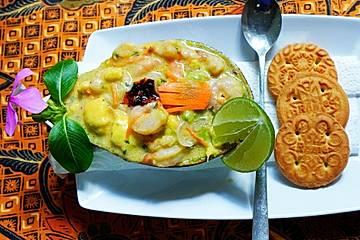 Avocadosalat mit Shrimps
