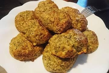 Low Carb Brokkoli-Käse-Nuggets