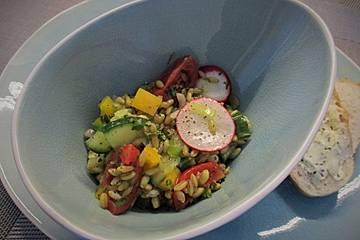 Arabischer Salat mit Freekeh
