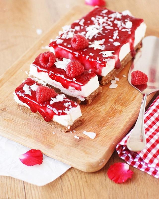 Himbeer-Cheesecake Schnitten
