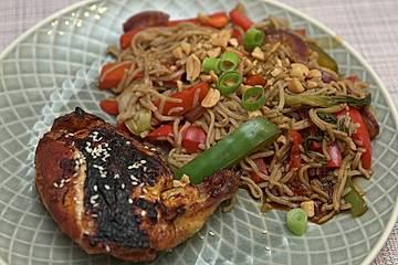Soja-Maishähnchen mit Buchweizennudeln und Wok-Gemüse
