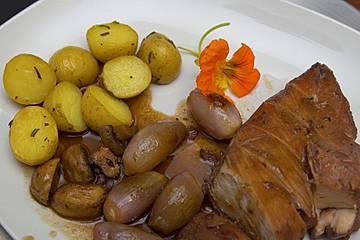 Coq au vin und Rosmarinkartoffeln
