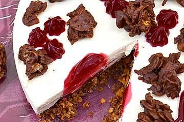 Choco-Crossie-Johannisbeer-Torte