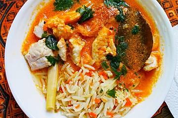 Balinesische Fischsuppe mit Reis