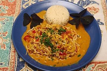 Indisches Curry mit Mungobohnenkeimen