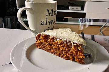 Alina´s Carrot Cake mit Butter Cream Cheese Frosting