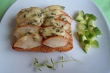 Birnen - Toast mit Roquefort