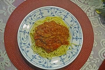 Thunfischcapellini oder Cappelini mit Thunfischtomatensauce (original italienisch)
