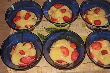Erdbeer - Amarettini - Creme a la Feuermohn