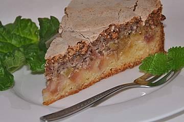 Rhabarberkuchen mit Nussbaiser