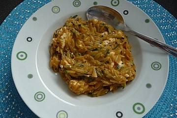 Zucchinipfanne griechische Art