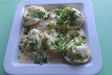 Tortelloni in Nuss - Sahne - Sauce