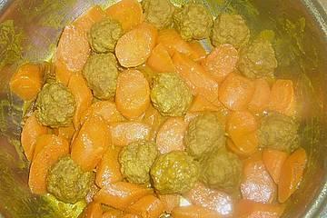 Möhrencurry mit Fleischklößchen