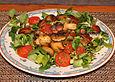 Warmer-Tomaten-Pilz-Feldsalat-an-Balsamico