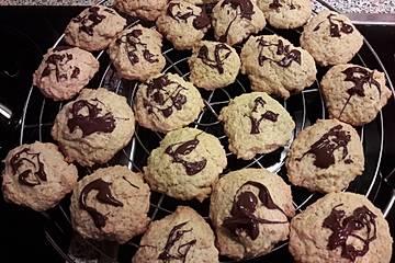 Einfache Kekse mit Schokomuster