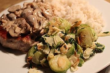 Brussels Sprouts with Almond Butter - Rosenkohl mit Mandelbutter