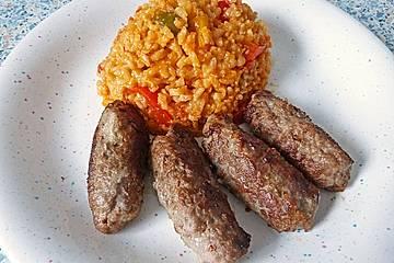 Cevapcici mit Reis nach Djuvecart