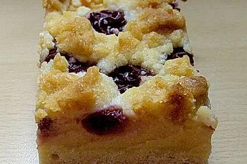 Kirsch - Marzipanpudding - Streuselkuchen