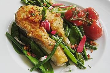 Dorschkoteletts mit Frühlingsgemüse und Schmortomaten