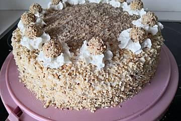Haselnuss - Sahne - Torte
