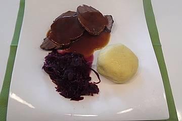 Rehkeule mit Rotweinsauce