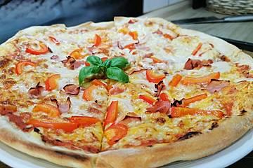 Tomaten Mozzarella Pizza