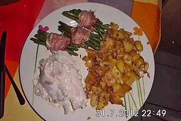 Matjes mit Speckbohnen und roten Zwiebeln